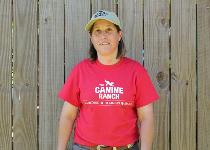 Vickie Headshot - dog trainers near me